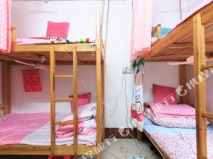 彩琪青年公寓(柳州谷埠街店)