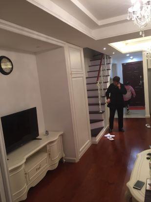 晨阳国际公寓酒店(青岛金石国际广场店)咨询