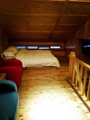 木房子住着太舒服了,尤其是隔音效果很棒位置也非常好.