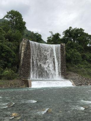 壁纸 风景 旅游 瀑布 山水 桌面 309_412 竖版 竖屏 手机