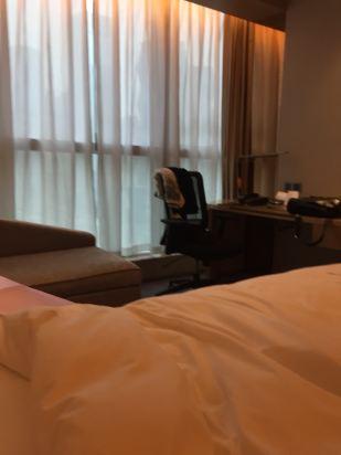 成都希尔顿酒店预订价格,联系电话 位置地址