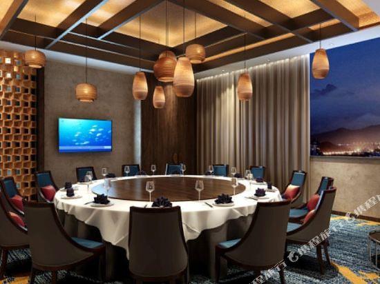 烟台丽景半岛国际酒店1晚 烟台海昌鲸鲨海洋公园门票·【海洋公园特惠