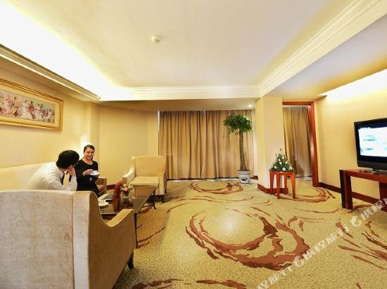 维也纳国际酒店(襄阳火车站店)