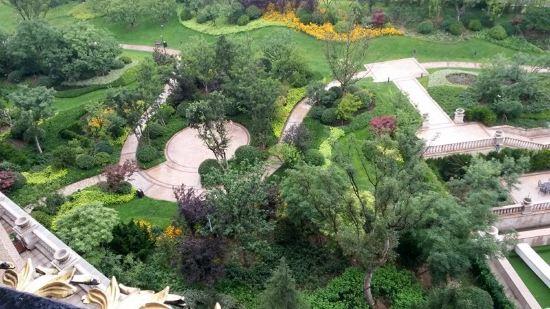 青岛金沙滩希尔顿酒店预订价格,联系电话位置地址