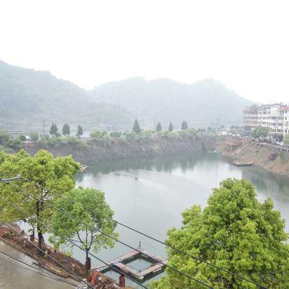 千岛湖艺美农庄