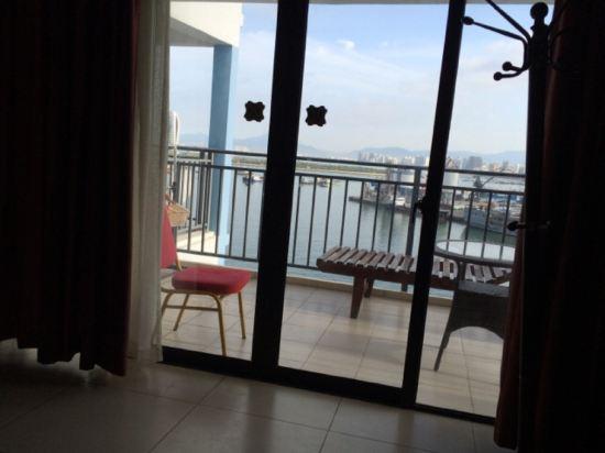 三亚嘉悦莱登海景酒店