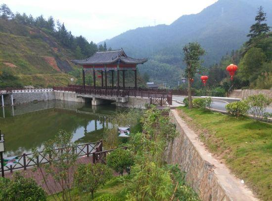 桂东三台山度假酒店预订价格,联系电话 位置地址