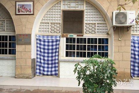 窑洞的门窗设计图