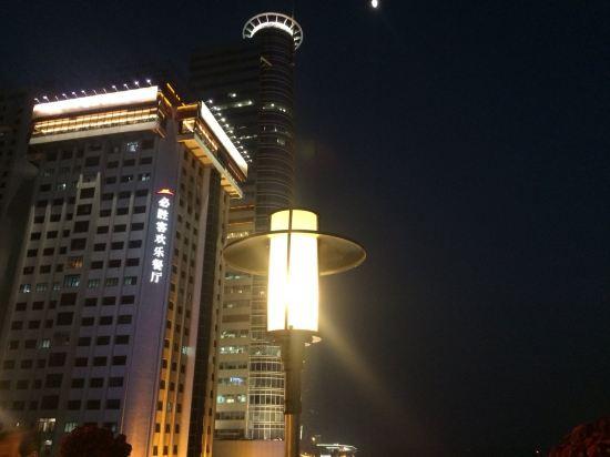 厦门晚上风景照片
