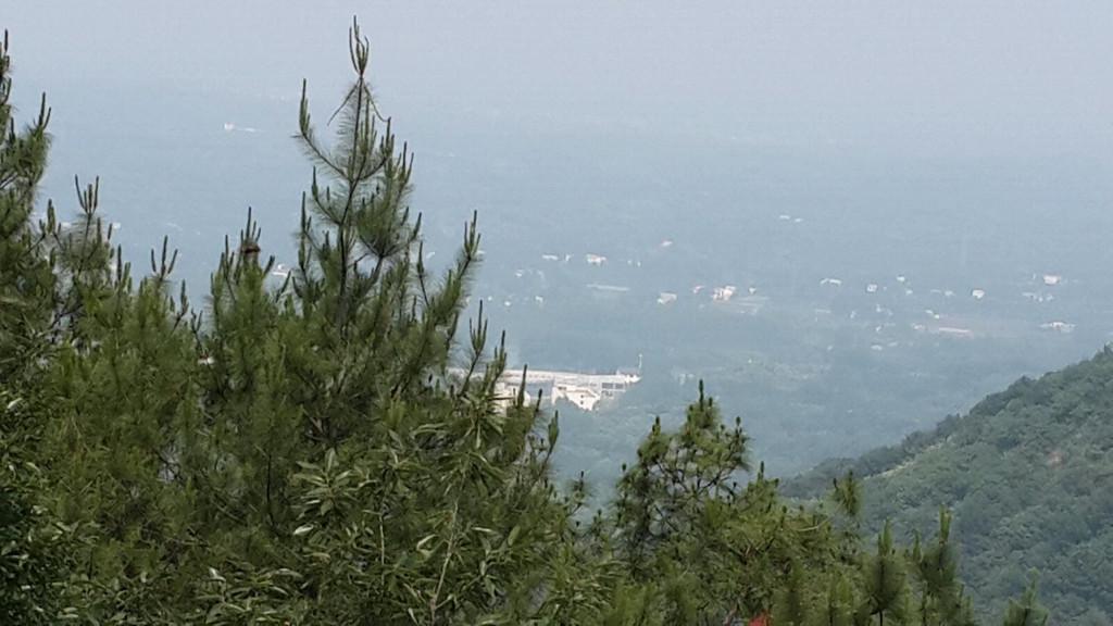 信阳震雷山风景区