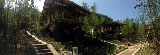龙门南昆山十字水生态度假村