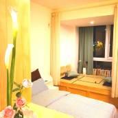 青島一間可以睡覺的圖書館公寓