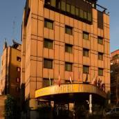 米蘭安塔瑞斯學院酒店