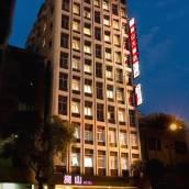 高雄嵩山大飯店