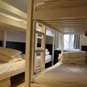 里比爾布魯日旅館