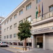 蒙泰特里亞納酒店